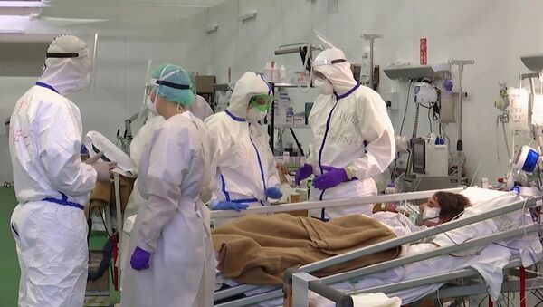 Работа российских военных врачей в полевом госпитале Бергамо - Sputnik Србија