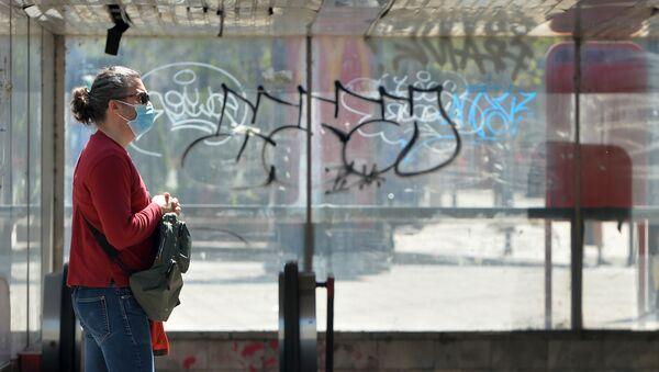 Атмосфера на београдским улицама пред најдужи полицијски час од увођења ванредног стања - Sputnik Србија
