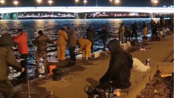 Рибари у Санкт Петербургу - Sputnik Србија