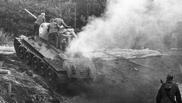 Совјетске снаге у близини Берлина - Sputnik Србија