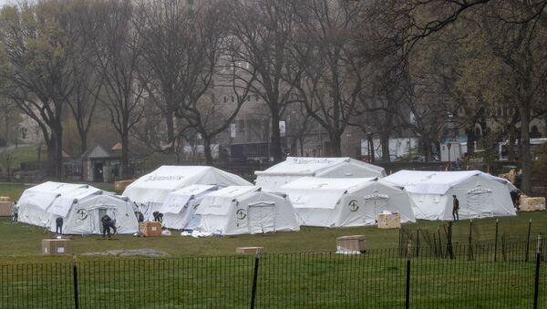 Bolnički šatori u njujorškom Central parku - Sputnik Srbija
