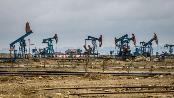 Naftne pumpe u Bakuu - Sputnik Srbija
