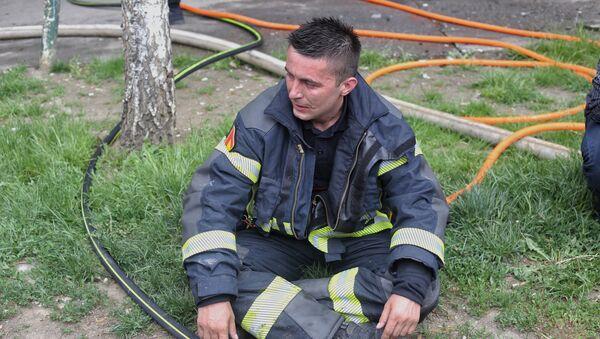 Ватрогасац херој из пожара у Новом Пазару - Sputnik Србија