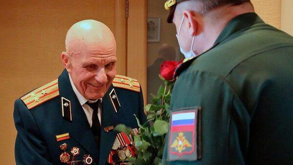 Onlajn parada za veterana - Sputnik Srbija