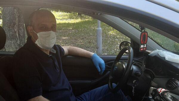 Srđan Nikolić, taksista - Sputnik Srbija