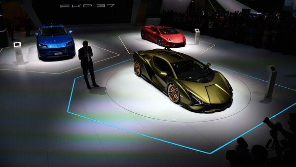 Avtomobili Lamborghini na meždunarodnom avtomobilьnom salone vo Frankfurte - Sputnik Srbija