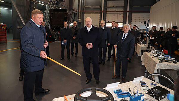 Председник Белорусије Александар Лукашенко у посети полигону за тестирање НАН  - Sputnik Србија