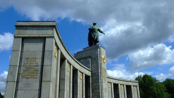 Memorijal Tirgarten u Berlinu - Sputnik Srbija