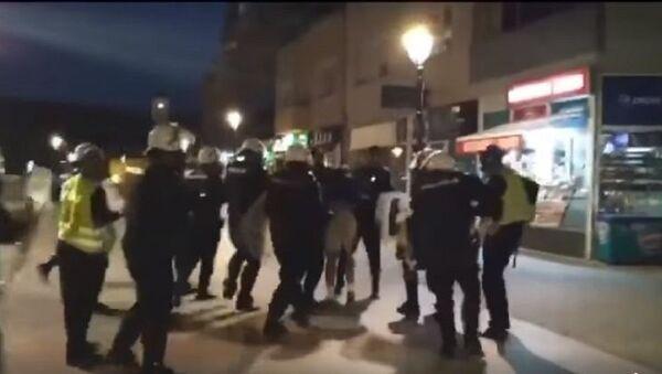 Полиција у Пљевљима напада мушкарца - Sputnik Србија