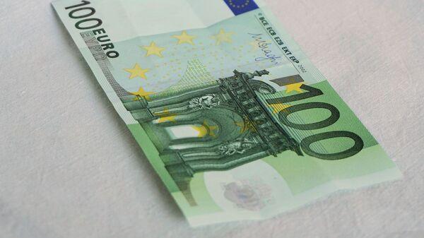 100 евра - Sputnik Србија