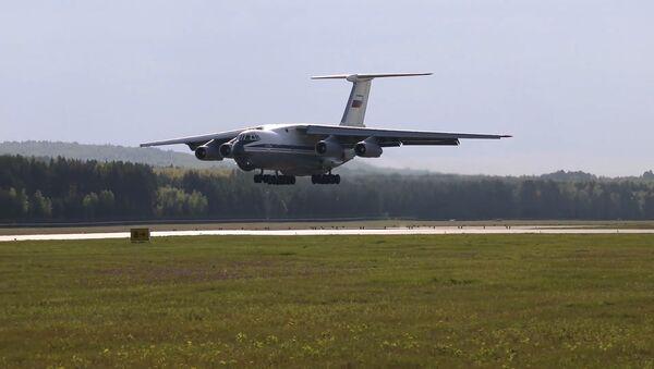 Ruski avion Il-76  - Sputnik Srbija