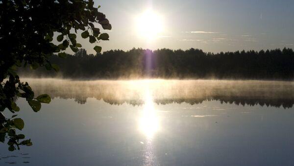 Svitanje na jezeru Svetlojar - Sputnik Srbija