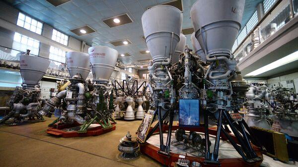 РД 171 ракетни мотор са течним погоном у радионици НПО Енергомаш у Московској области. - Sputnik Србија
