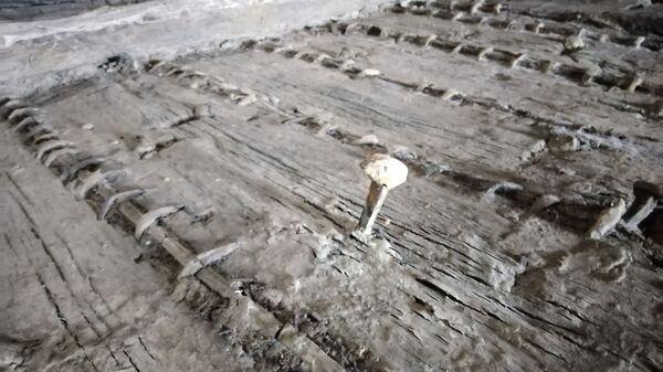 Rimskim graditeljima pozavideo bi svaki inženjer današnjice. Mulj i pesak pomogli su da brod ostane sačuvan gotovo milenijum i po. - Sputnik Srbija