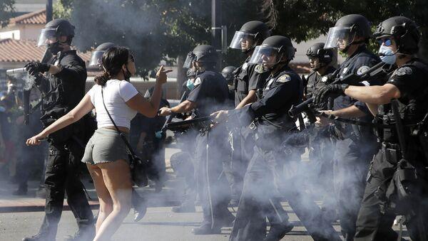 Протестанти у Сан Хосеу током демонстрација, Калифорнија - Sputnik Србија