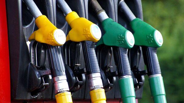Benzinska pumpa - Sputnik Srbija