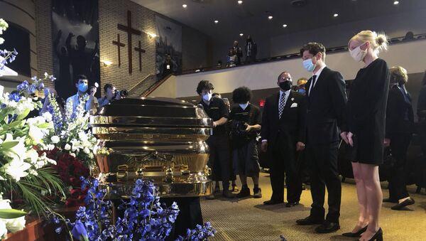 Комеморација Џорџу Флојду у Минеаполису - Sputnik Србија
