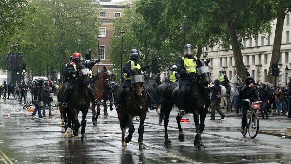 Полиција у Лондону на протесту - Sputnik Србија