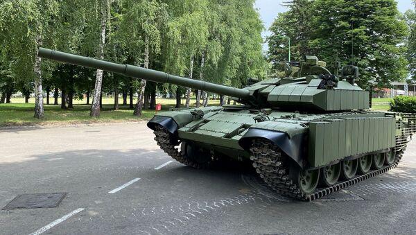 Модернизовани тенк М-84 Војске Србије - Sputnik Србија
