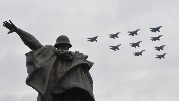 Репетиция воздушного парада Победы в Москве - Sputnik Србија
