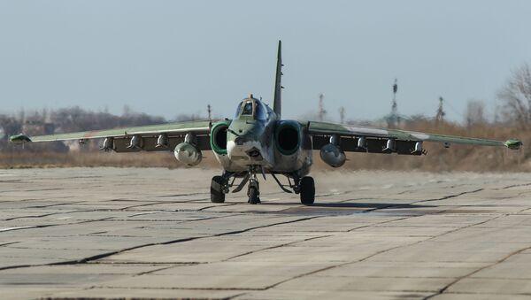 Jurišni avion Su-25SM3 na vojnim vežbama - Sputnik Srbija