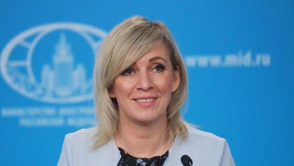 Захарова:Никад се није десило да руске дипломате напусте преговоре залупивши вратима - Sputnik Србија