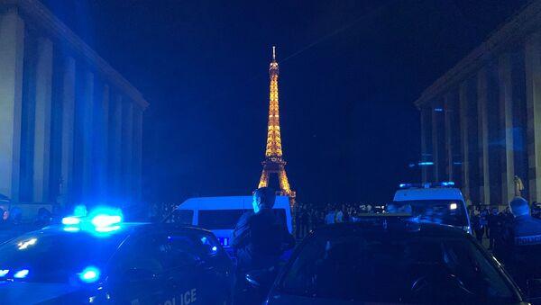 Протест полицајаца у Паризу - Sputnik Србија