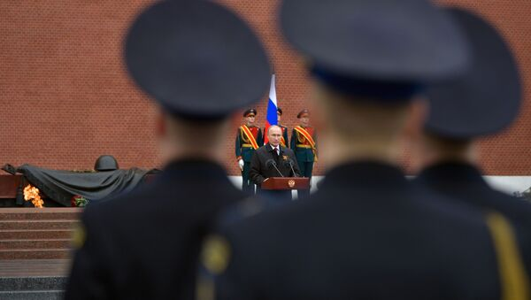 Putin položio venac na Grob neznanog junaka  - Sputnik Srbija