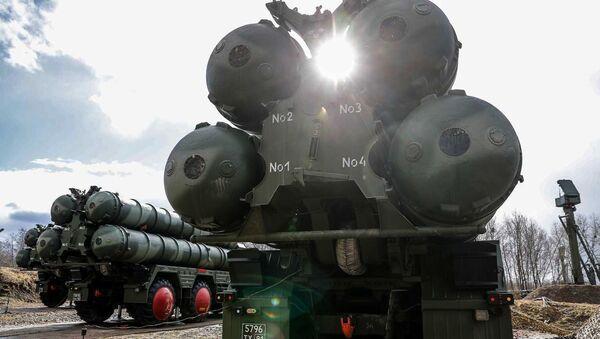 """Protivavionski raketni sistemi S-400 """"trijumf"""" u Kalinjingradskoj oblasti - Sputnik Srbija"""