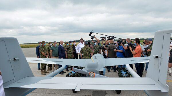 Представљање нових дронове Војске Србије који су купљени од Кине на аеродрому у Батајници - Sputnik Србија