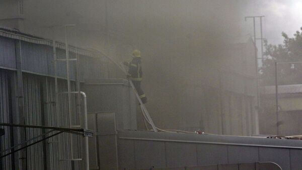 Ватрогасци гасе пожар  - Sputnik Србија