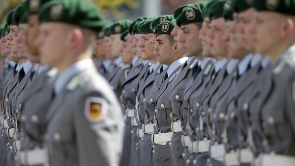 Војници почасне страже немачких снага Бундесвера - Sputnik Србија