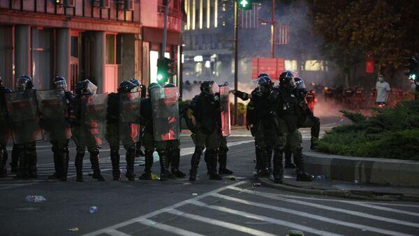 Policijski kordon na Trgu Nikole Pašića - Sputnik Srbija