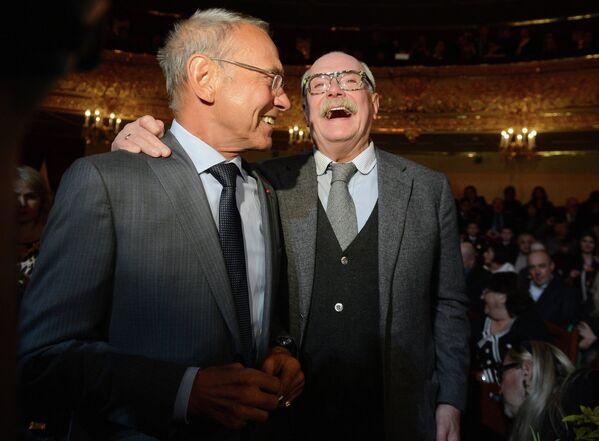 Andrej Končalovski i Nikita Mihalkov - Sputnik Srbija