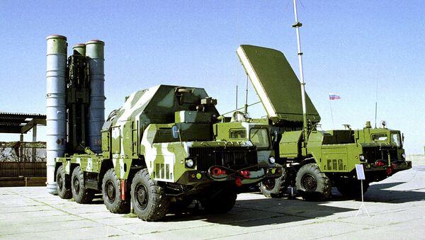 Руски противавионски ракетни систем С-300 - Sputnik Србија