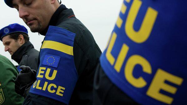 Еулекс полиција на Косову - Sputnik Србија