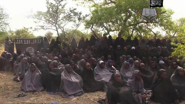 Нигерија: Ослобођено 200 девојчица и 93 жене - Sputnik Србија