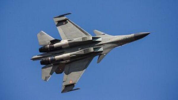 Вишенаменски борбени авион Су-30 - Sputnik Србија