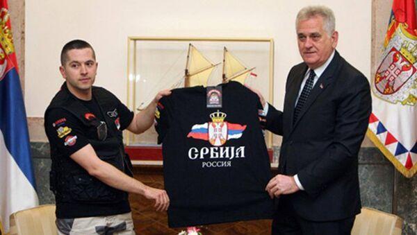 Председник Николић са бајкерима - Sputnik Србија