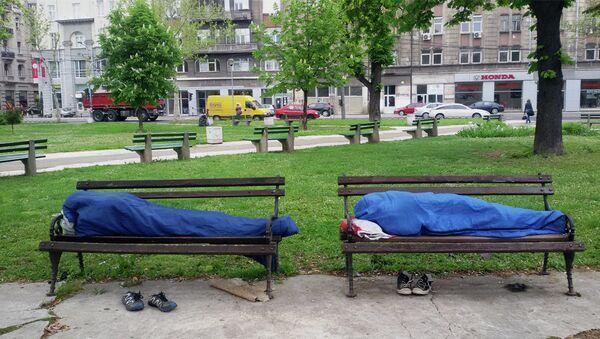 Врећа за спавање  - мало богатсто за емигранте - Sputnik Србија