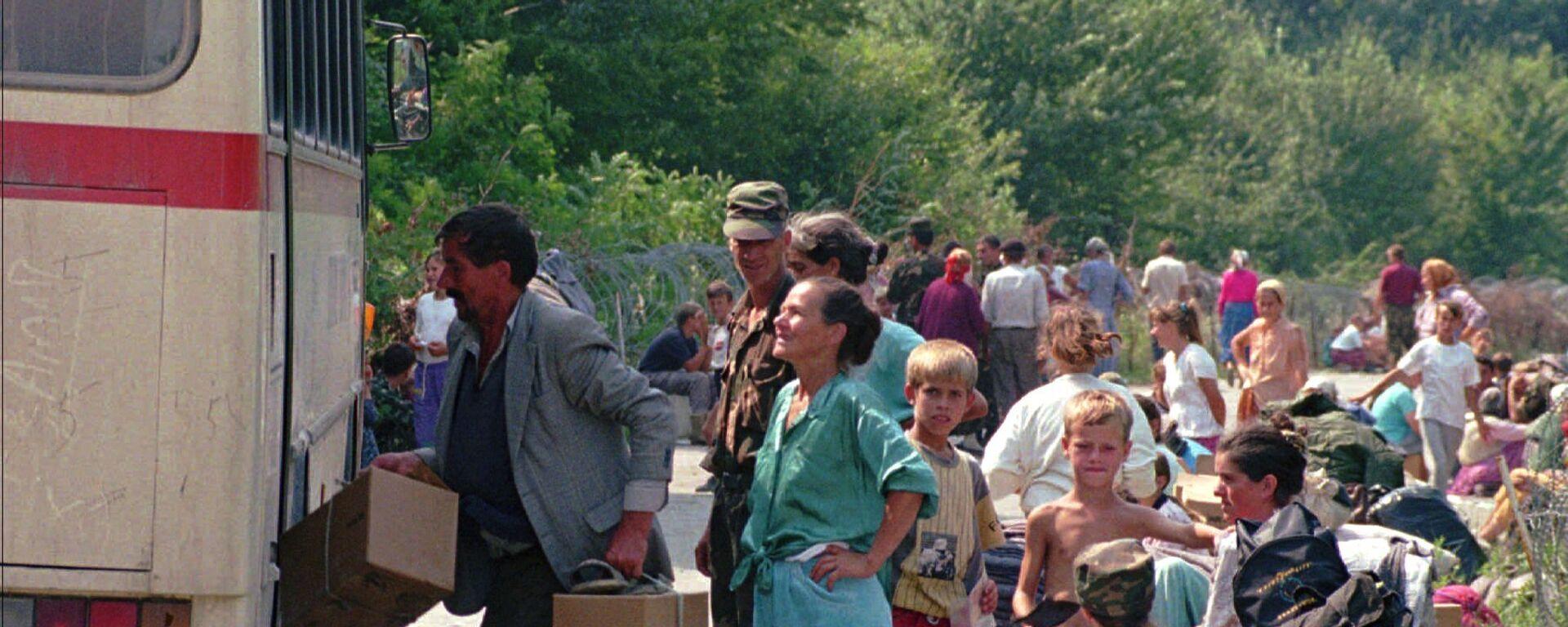 Избеглице напуштају Хрватску 1995. године - Sputnik Србија, 1920, 03.08.2021