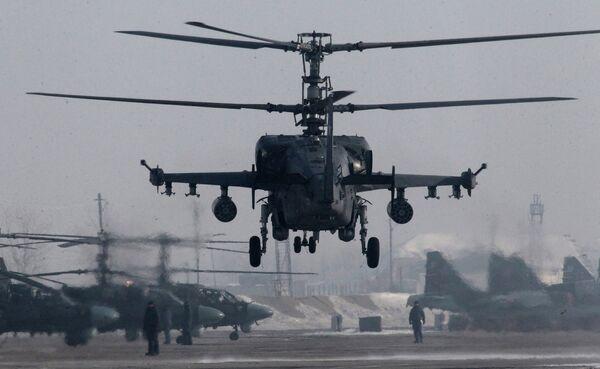 Ka-52 učestvuje u vojnim vežbama u Primorju. - Sputnik Srbija