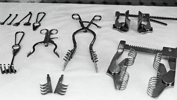 Хируршки инструменти - Sputnik Србија