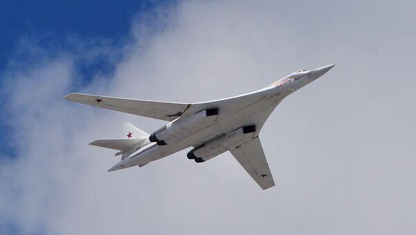 Tu-160 na priprema za paradu u Moskvi - Sputnik Srbija