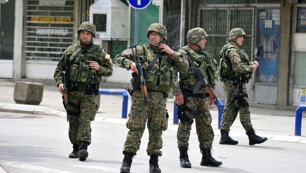 Naoružani policajci u zoni konflikta u Kumanovu, 10. maj. - Sputnik Srbija