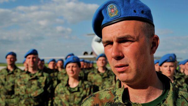 Potpukovnik Vladimir Vukajlović uslikan prilikom povratka iz Moskve - Sputnik Srbija