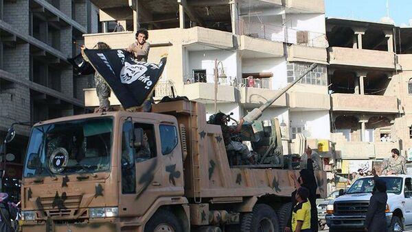 Borci Al Kaide tokom parade u Siriji - Sputnik Srbija
