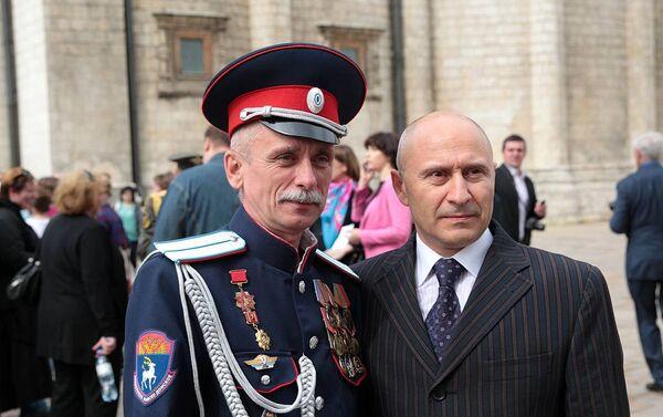 Major Andrej Patricnij i predsednik upravnog odbora Dmitrij Pogosov. - Sputnik Srbija
