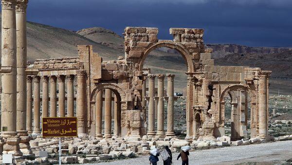 Антички град Палмира у централном делу Сирије, 215 километара удаљен од Дамаска. Налази се под заштитом Унеска. - Sputnik Србија