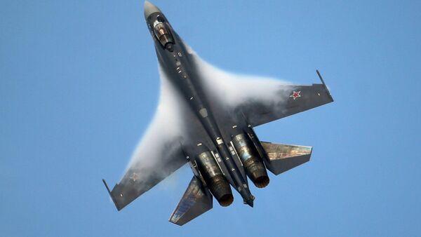 Руски авион СУ-35 - Sputnik Србија